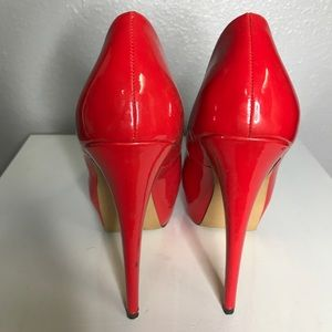 Shoes - Patent leather red hot heels